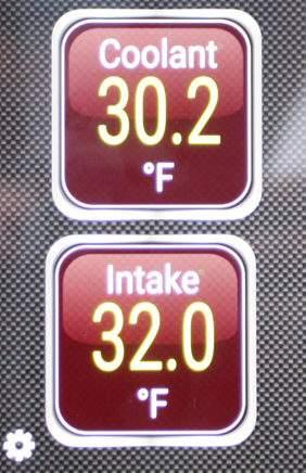 температура двигателя и на впуске